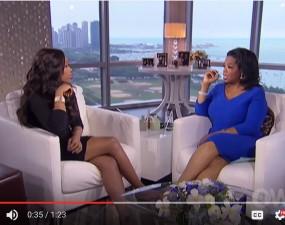 Oprah Winfrey discussing weight loss with Jeniffer Hudson