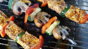 meat and veggie skewers make a great paleo friendly meal