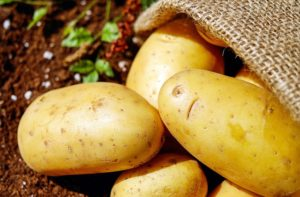 some potatoes in a pile