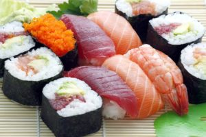 sushi made from salmon and tuna