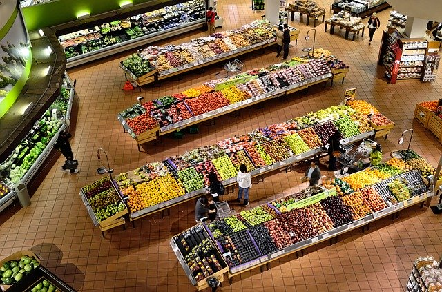 produce isle at the grocery store